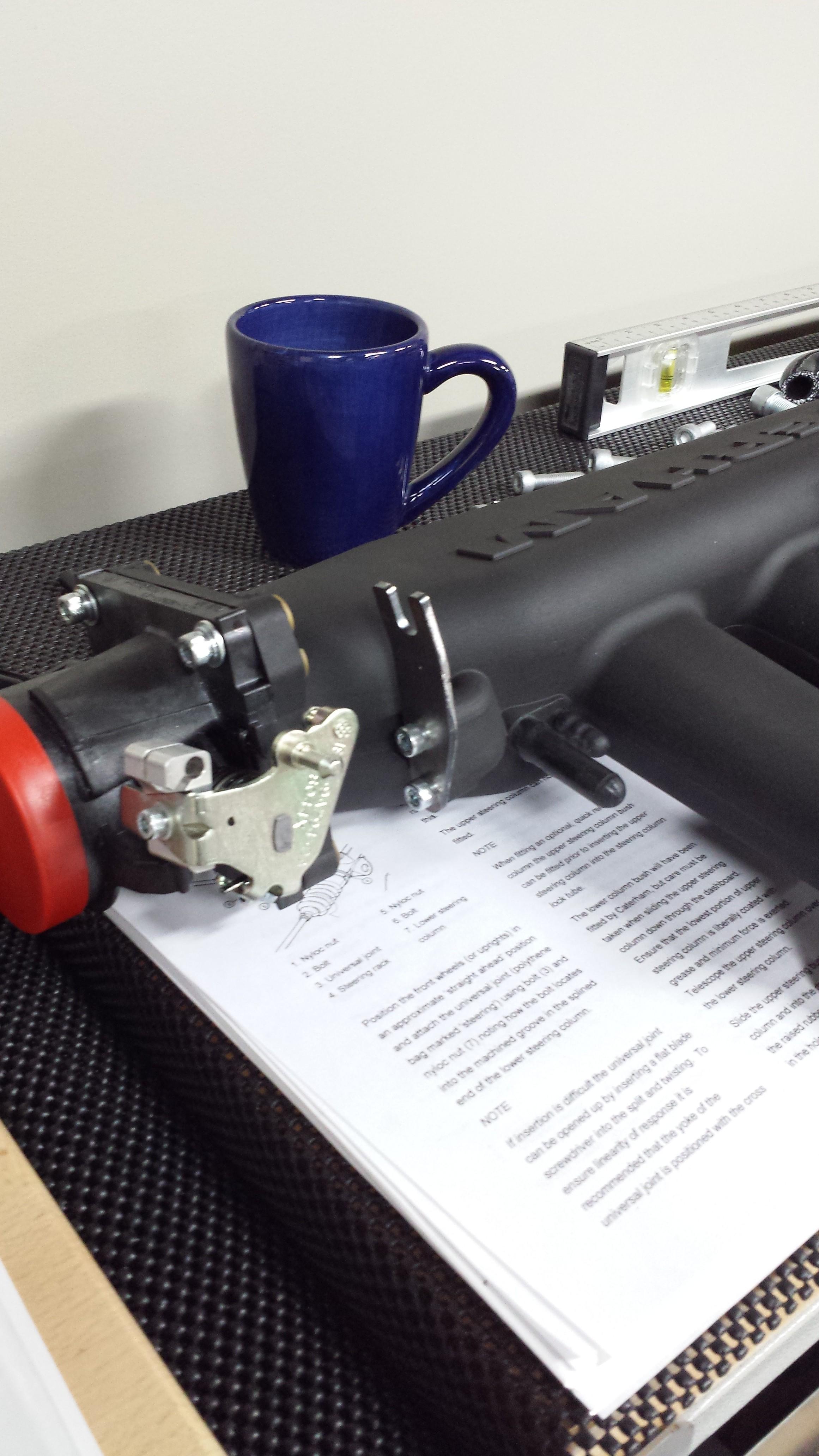 Throttle bracket attached
