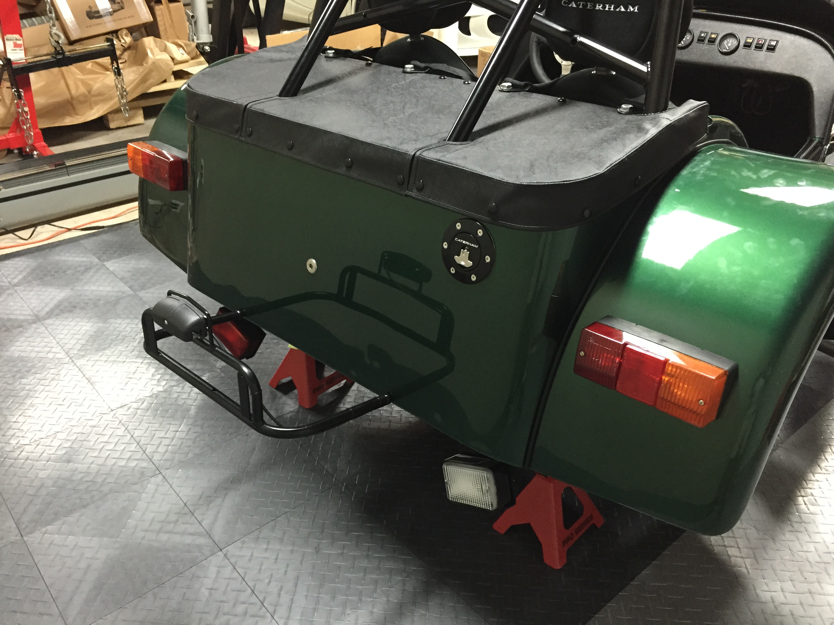 Spare wheel carrier